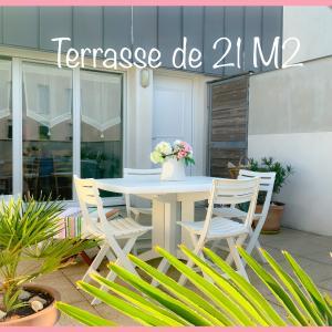 APPARTEMENT EN DUPLEX avec terrasse plein sud de 21 m2